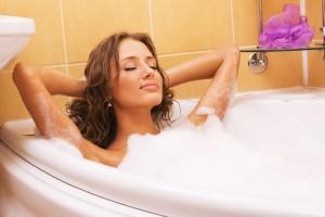girl-hot-bath