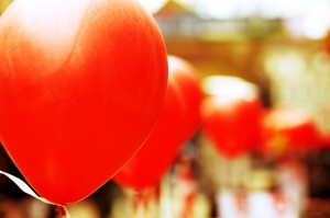 Red baloons for happiness